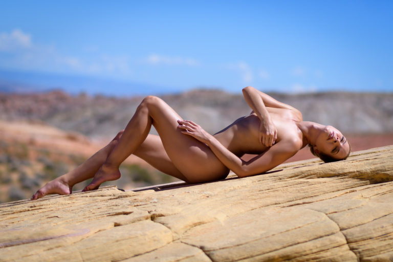 Las Vegas photographer artistic nude photography in the desert
