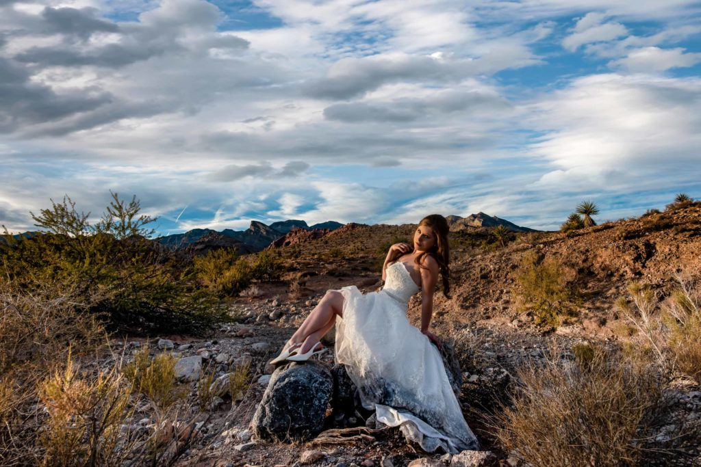 Desert elopement photos | Las Vegas elopement photographer