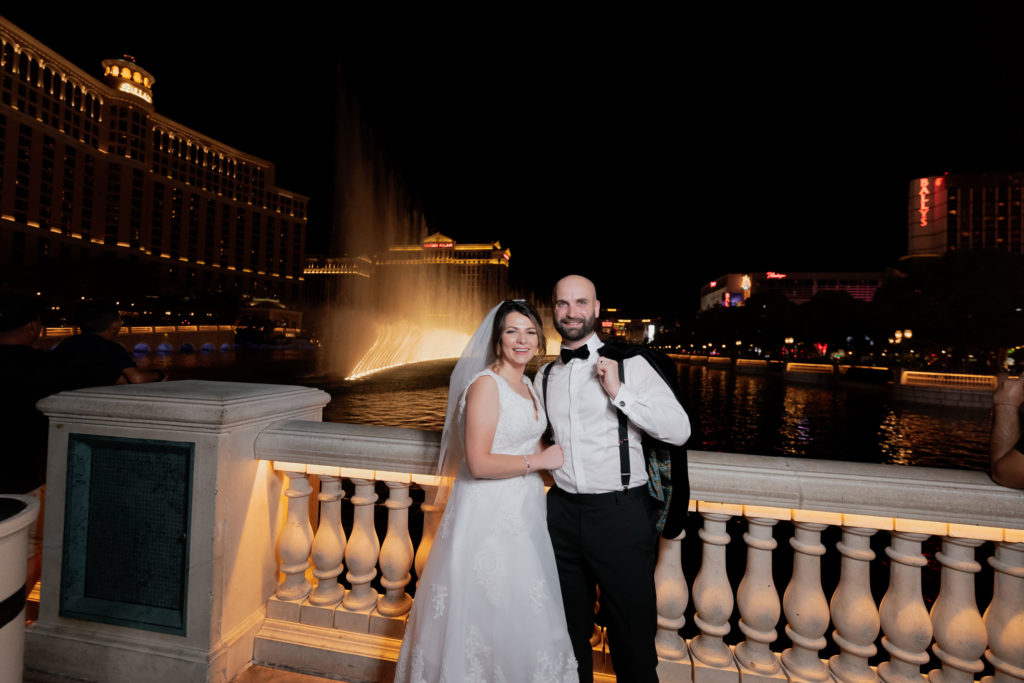 Elopement photos | Las Vegas Strip elopement photographer