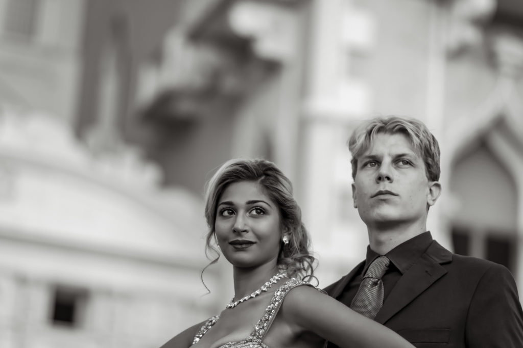 Elopement photos | Las Vegas Strip elopement photographer | Venetian hotel weddings