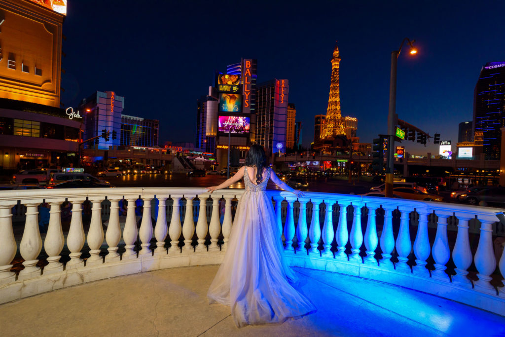 Las Vegas Strip wedding photographer | Vegas weddings