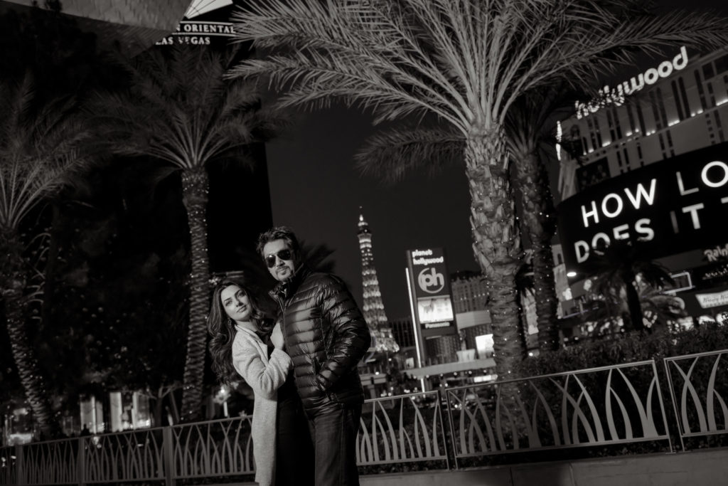 Las Vegas engagement photographer | Engagement session photos