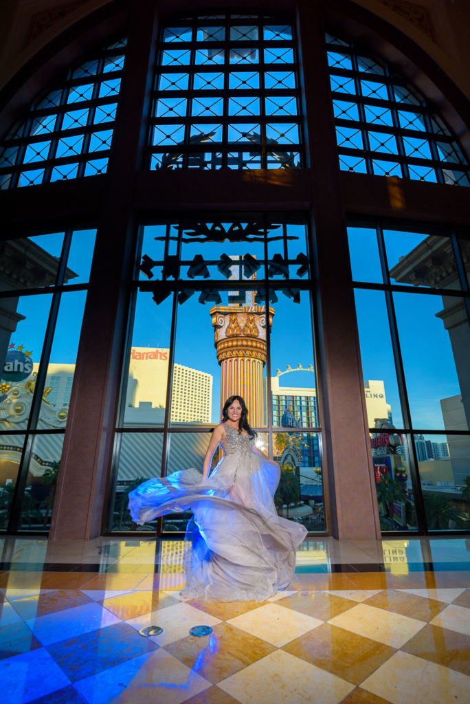 Las Vegas strip wedding photographer | Caesars Forum Shops weddings