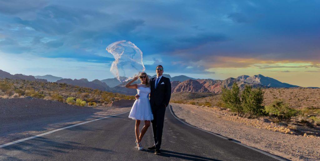 Las Vegas Elopement photographer | Las Vegas elopement packages | Red Rock Canyon