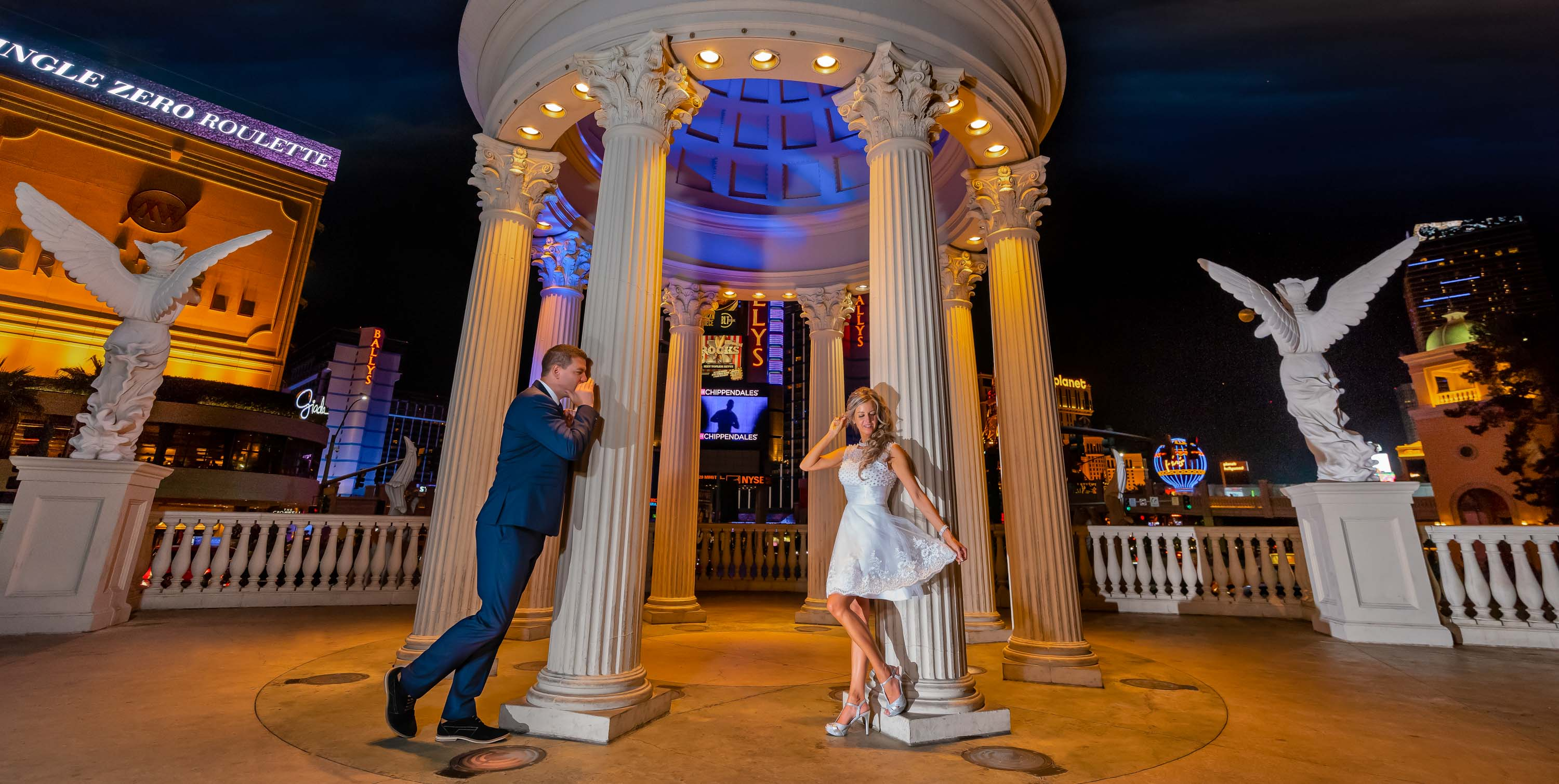 Wedding photographer | Las Vegas Strip elopements weddings
